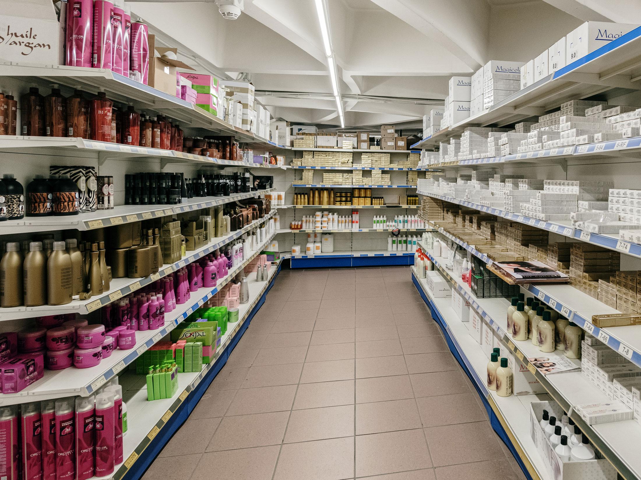 BC Trading Cash & Carry prodotti professionali per parrucchieri e centri estetici